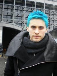 cabelo colorido azul masculino